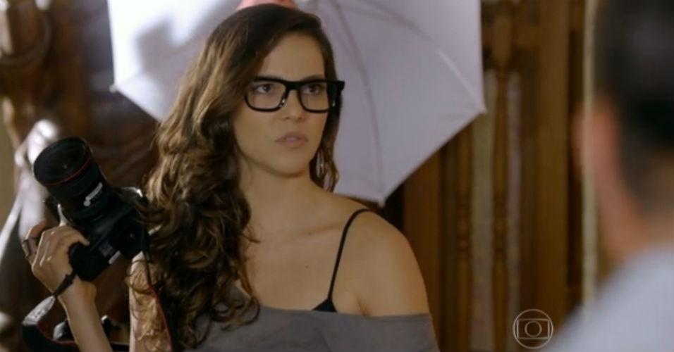 Os óculos mais usados pelas personagens das novelas - BOL Fotos - BOL Fotos cce1863760