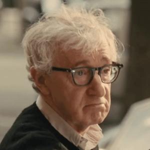 """Woody Allen foi indicado por melhor livro de um musical por """"Tiros na Broadway"""", que é baseado em seu filme de mesmo nome - Reprodução"""