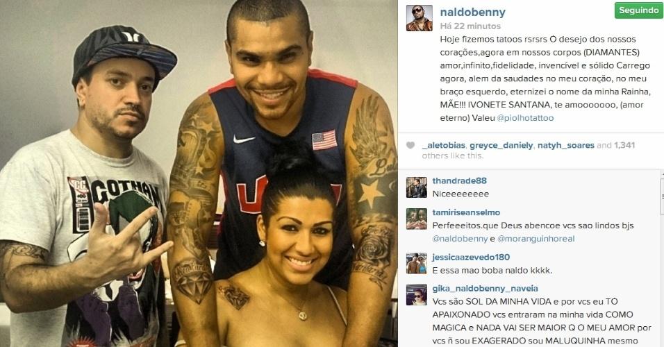Naldo mostra resultado de tatuagens nos braços:
