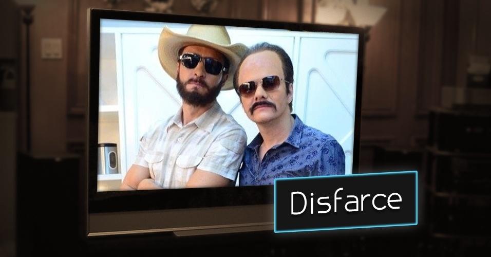 """No """"Melhor do Brasil"""", da Record, Rodrigo Faro e Michel Teló se disfarçaram no quadro """"Famoso vira Anônimo"""" e testaram as fantasias nas ruas"""