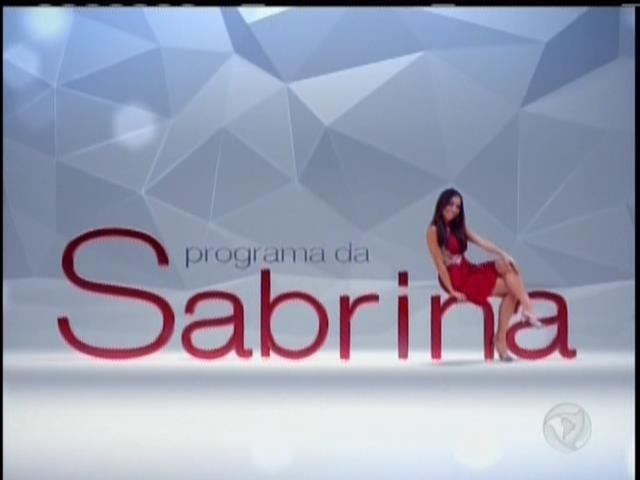 26.abril.2014 - Sabrina Sato durante a abertura do seu programa de estreia na Record. O