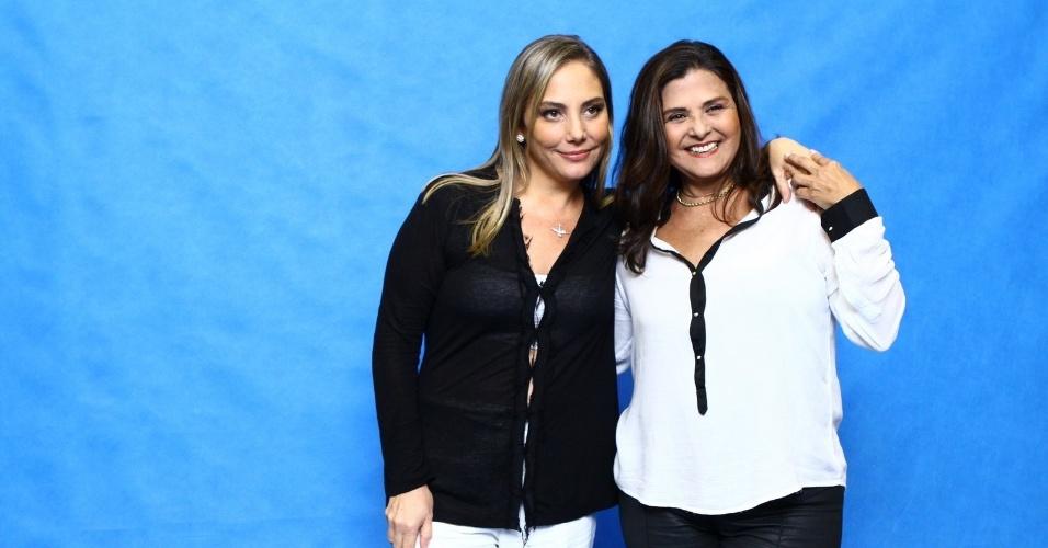 """28.abr.2014 - Heloísa Périssé e Elizângela Vergueiro na coletiva de lançamento do seriado """"A Segunda Dama"""", no Projac, no Rio"""
