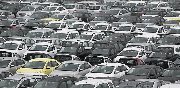 Carros da Chevrolet no pátio da General Motors em São Bernardo do Campo (SP) - Fabio Braga/Folhapress - 06-11-2013