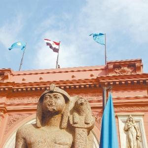 Fachada do Museu Egípcio, no Cairo - Guilherme Tosetto/Folhapress