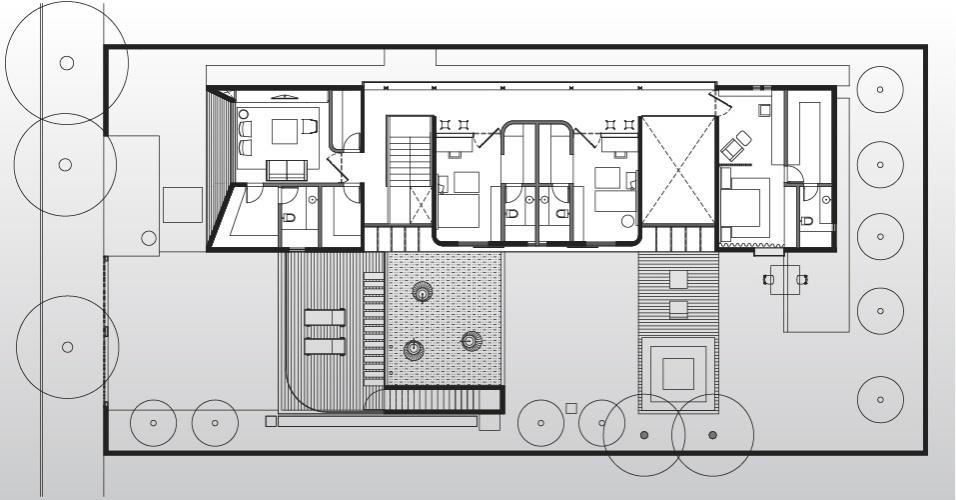 No bloco superior, ficaram os três dormitórios para casal com dois filhos. Localizada em São Paulo, a Casa Planalto tem o projeto assinado pelo arquiteto Flavio Castro
