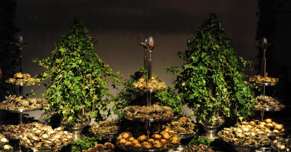 29.abr.2014 - Mesa de doces da Pati Piva para a Degustar 2014