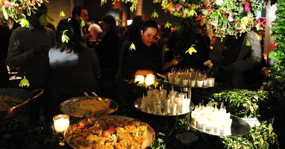 Mesa do Brilat Gourmet (www.brilat.com.br) com decoração de Celso Tato na Degustar 2014