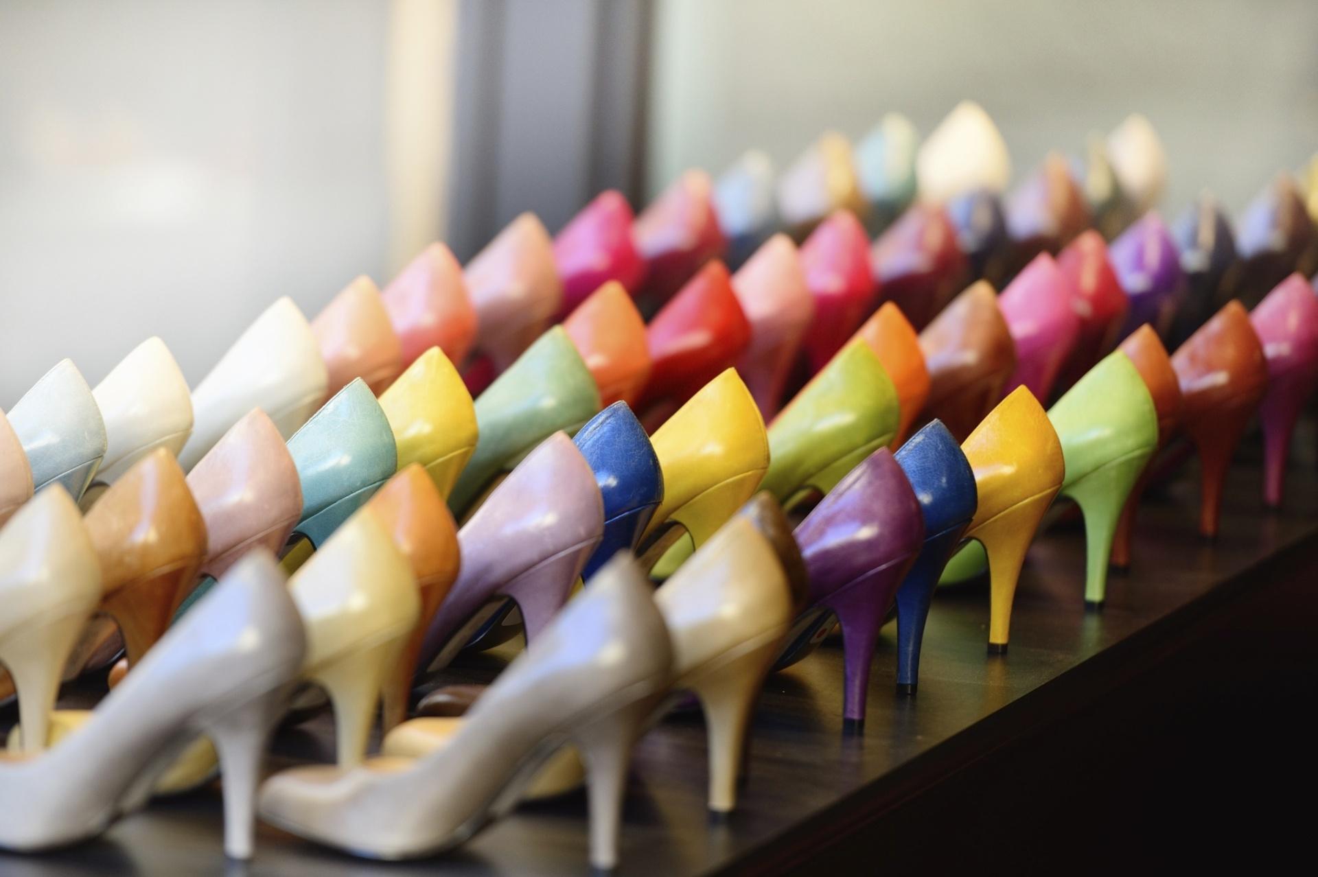 179258b13a Especialistas desvendam 20 mitos e verdades na hora de comprar calçados -  27 12 2014 - UOL Universa