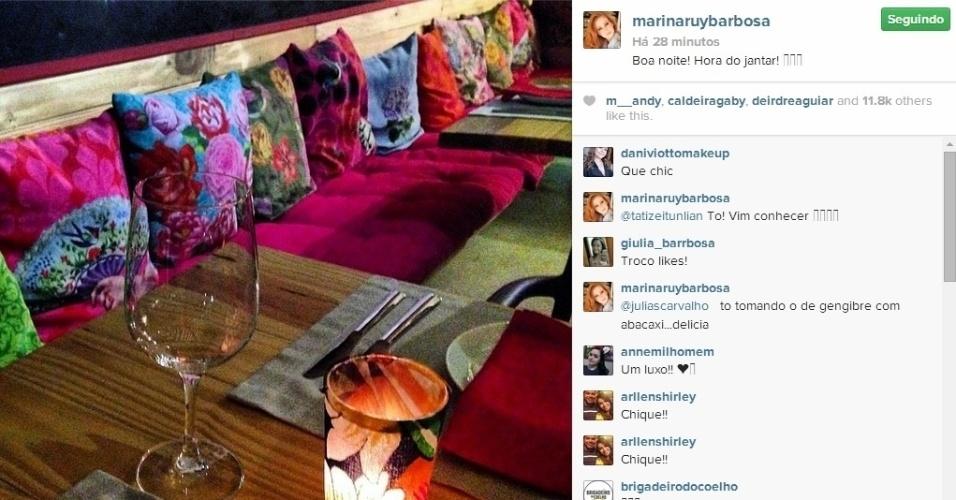 2.mai.2014 - Klebber Toledo e Marina Ruy Barbosa curtiram um jantar romântico e mostraram aos fãs a mesa preparada, com direito a luz de velas.