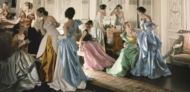 Fotos dos vestidos de baile desenhados por Charles James - Divulgação