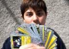Garoto é único brasileiro campeão mundial de cards de Pokémon
