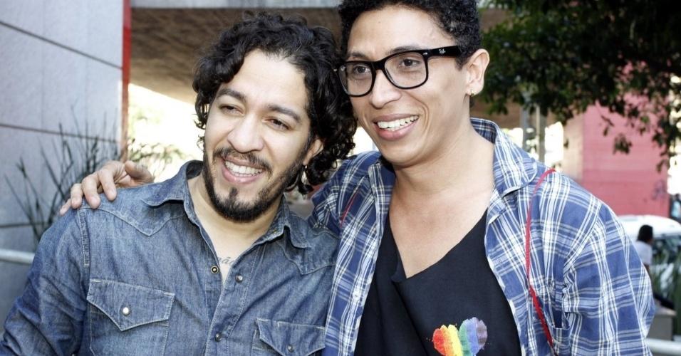 4.mai.2014 - O ex-BBB e deputado Jean Wyllys participa da Parada do Orgulho LGBT, na avenida Paulista, em São Paulo