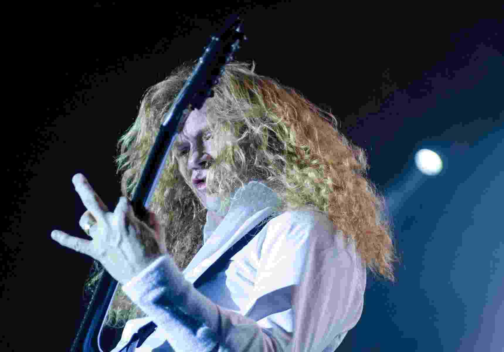 04.mai.2014 - Megadeth conquista fãs com clássicos da banda, durante show no Espaço das Américas, em São Paulo - Edi Fortini/UOL