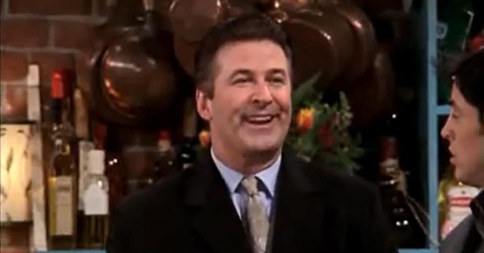 Alec Baldwin interpretou um namorado de Phoebe que era excessivamente empolgado e acabava irritando os outros