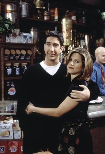 """Ross (David Schwimmer) e Rachel (Jennifer Aniston) em """"Friends"""""""
