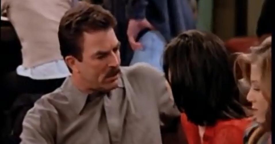 Tom Selleck apareceu por vários capítulos como Richard, namorado de Monica
