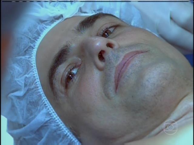 Cadu fica tenso antes de se submeter a cirurgia de transplante do coração