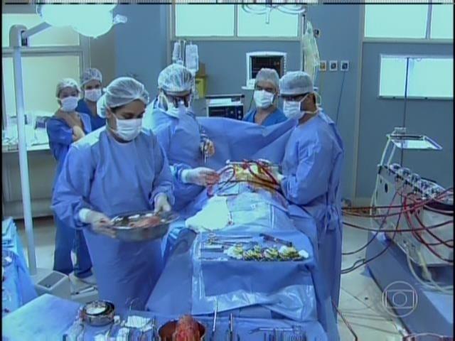 Cena de transplante de Cadu foi feita por médicos especialistas