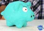 Aprenda a fazer cofre de porquinho usando bexiga e gesso