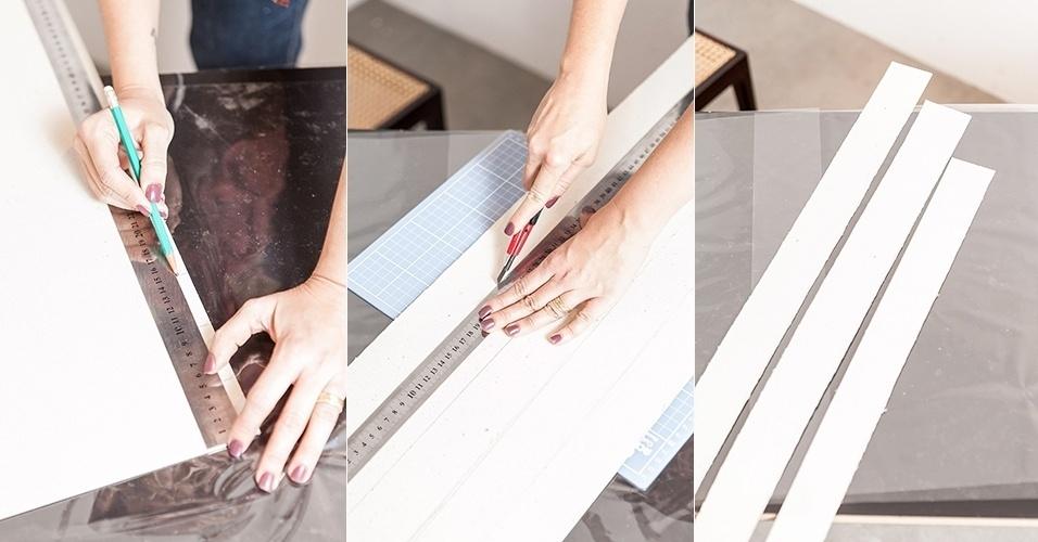 Em seguida, sobre o papel Paraná, trace faixas com cinco centímetros de largura (cada) e as recorte