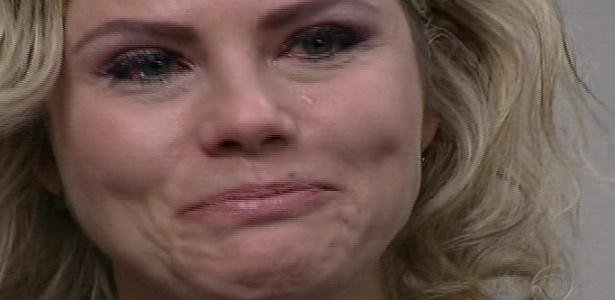"""Maria Cândida se emociona ao ser eliminada de """"Aprendiz Celebridades"""""""