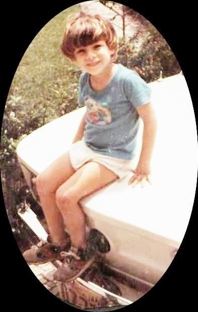 Cauã Reymond aos 3 anos, em 1983, quando morava na Gávea, zona sul do Rio
