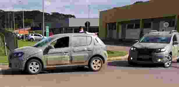 Renault Sandero flagra - UOL - UOL