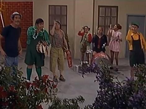 """Em """"Uma Aula de Canto"""",  O Professor Girafales decide ensinar música aos seus alunos. Depois, as crianças resolvem brincar de orquestra no pátio da escola. O episódio é famoso pela música cujo refrão diz: """"Se você é jovem ainda, amanhã velhor será..."""""""