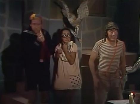 """No episódio """"A Casa da Bruxa do 71"""", Quico, Chiquinha e Chaves vão até a casa de Dona Clotilde para entregar um jornal que Seu Madruga mandou. Aas crianças começam a imaginar as bruxarias que ela faz e ficam apavoradas"""