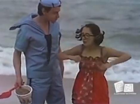 """No episódio """"Os Farofeiros"""", Chaves e a turma da vila resolvem viajar de férias para Acapulco e, como não podia deixar de ser, causam um tumulto com direito a muita diversão e trapalhadas"""