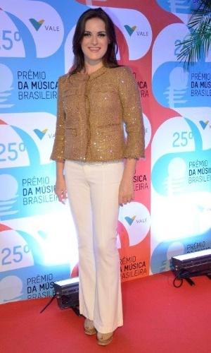 14.mai.2014 - A atriz Alessandra Maestrini comparece ao 25º Prêmio da Música Brasileira no Rio de Janeiro