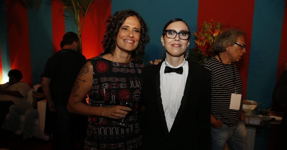 14.mai.2014 - As cantoras Zélia Duncan e Adriana Calcanhotto comparecem ao 25º Prêmio da Música Brasileira no Rio de Janeiro