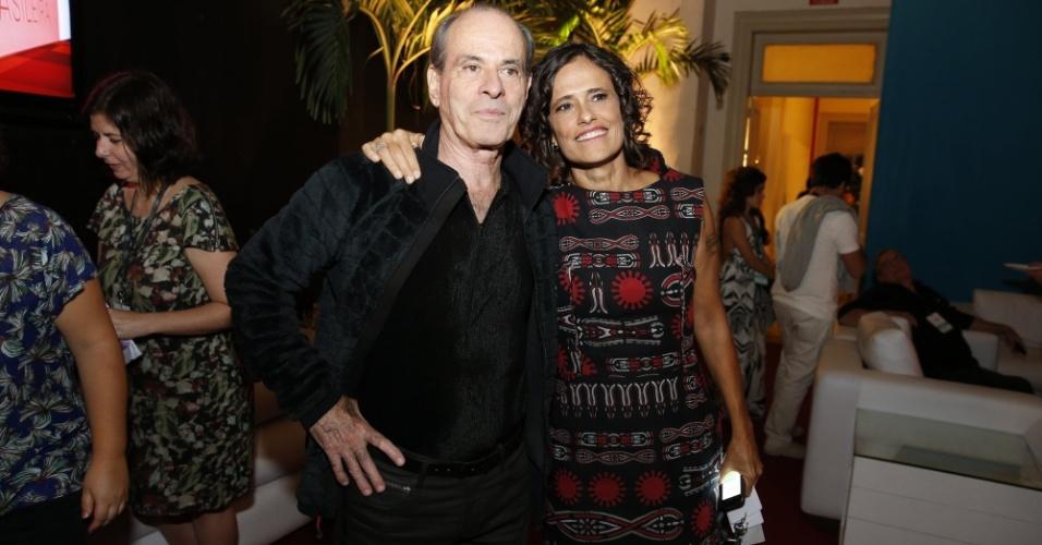 14.mai.2014 - Ney Matogrosso e Zélia Duncan comparecem ao 25º Prêmio da Música Brasileira no Rio de Janeiro
