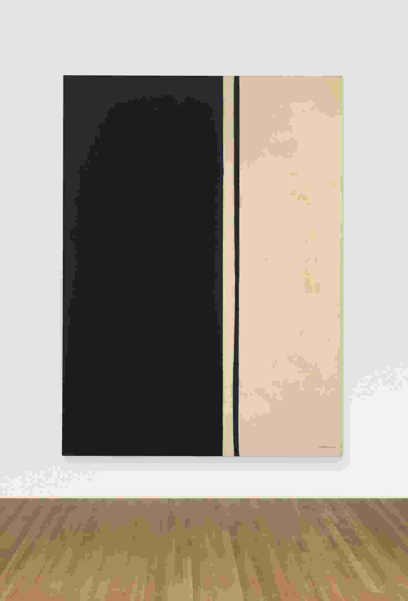 """Obra """"Black Fire I', de Barnett Newman de 1961, fou arremada por US$ 84 milhões - EFE"""