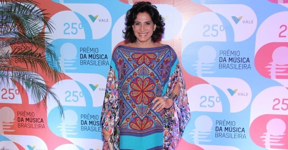 14.mai.2014 - A atriz Totia Meirelles prestigia o 25º Prêmio da Música Brasileira no Rio de Janeiro