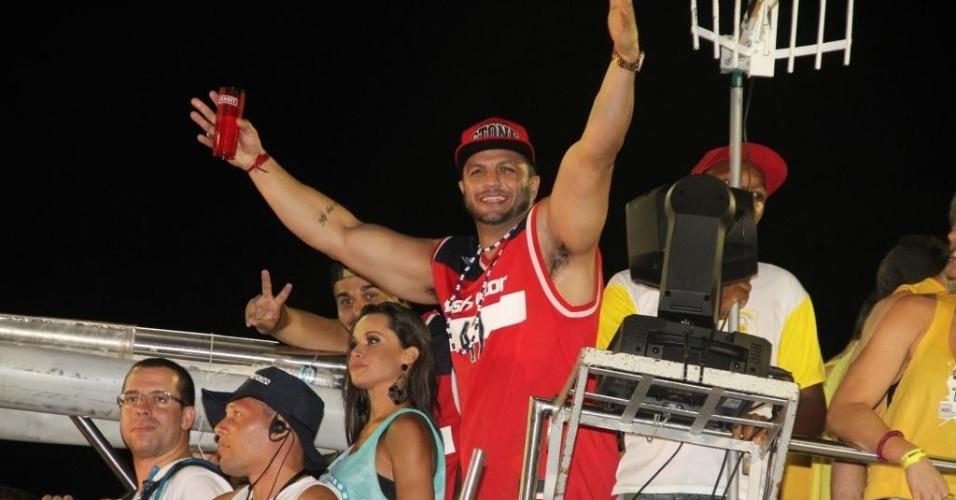 """Campeão do """"BBB1"""", Kléber Bambam não perde um camarote vip fora do eixo Rio-São Paulo, segundo os promoters ouvidos pelo UOL"""