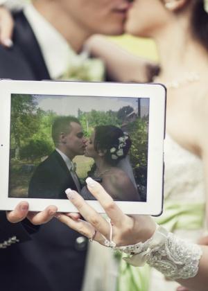Instagram permite que os noivos e convidados vejam as fotos do casamento em tempo real - Thinkstock