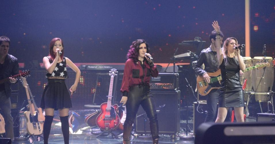 """27.abr.2014 - Banda Melody empolga jurados e o público durante sua apresentação no """"SuperStar"""""""