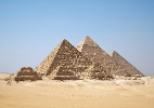 Egípcios usavam trenó para construir pirâmides; saiba mais