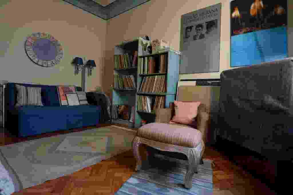 12.mai.2014 - Objetos de Renato Russo no apartamento onde o cantor morou entre 1990 e 1996, no bairro de Ipanema, no Rio de Janeiro, e mantido pelo filho Giuliano Manfredini - André Lobo/UOL