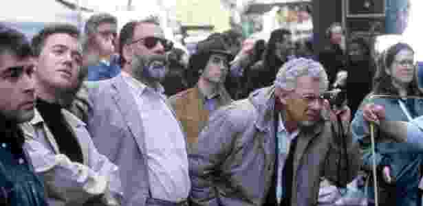 """Gordon Willis (à dir) com Francis Ford Coppola durante as filmagens de """"O Poderoso Chefão - Parte 3"""" - Divulgação"""