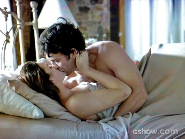 Na manhã seguinte, casal se entrega à paixão novamente
