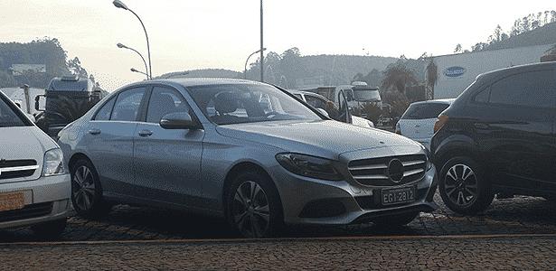 Mercedes-Benz Classe C 2015 flagra - Marcio Antônio da SilvaUOL - Marcio Antônio da SilvaUOL