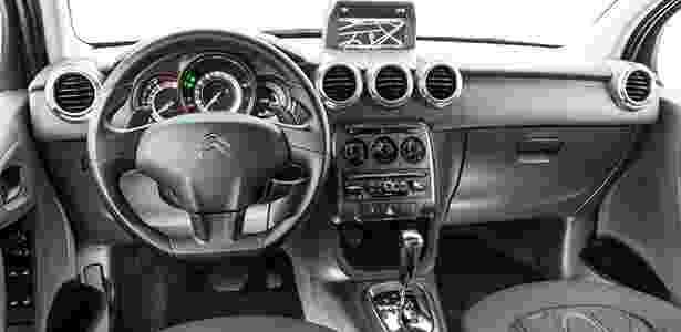 Citroën C3 2015 painel - Divulgação - Divulgação