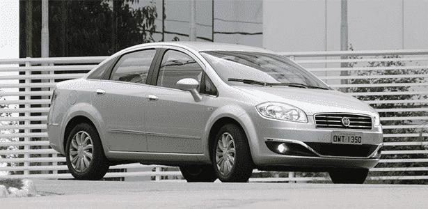 Fiat Linea Essence M/T - Murilo Góes/UOL - Murilo Góes/UOL