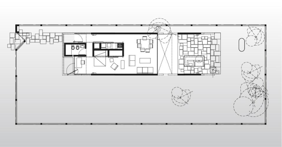 O projeto de arquitetura é de Javier Covalán para a casa Hamaca é simples: à direita  está a varanda e, à esquerda, as poucas dependências internas: sala, cozinha, banheiro, quarto e escritório