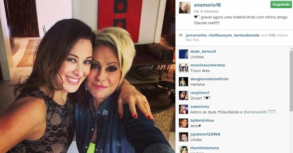 2.jun.2014 - Ana Maria Braga e Claudia Raia fizeram uma foto selfie. A apresentadora do