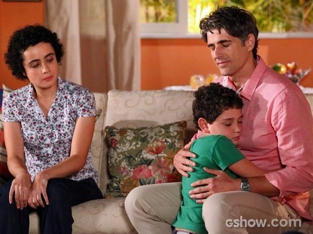 Filho de doador pede para ouvir coração do pai no peito de Cadu