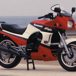 Kawasaki GPz900 Ninja - Infomoto
