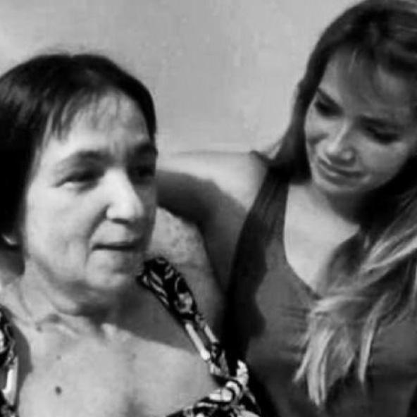 Ex-BBB Fani faz homenagem à mãe em suas redes sociais